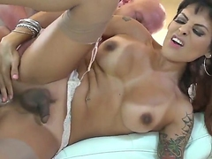 Christian XXX gets a chance to fianc' a hot shemale named TS Foxxy in this anal dealings video