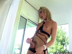 Beautiful Tgirl Aubrey Kate wanks elsewhere her she detect sensually